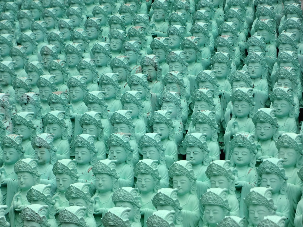 Ohmygod, lots of female Buddhas!